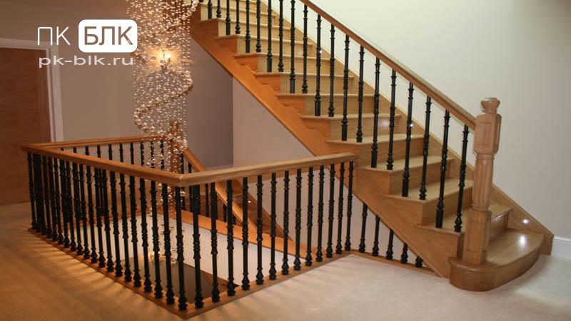 Маршевые лестницы с деревянной отделкой