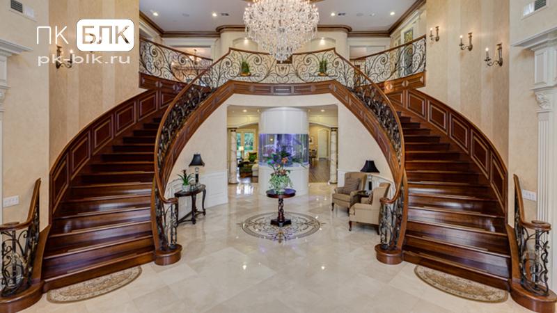 двойная парадная лестница