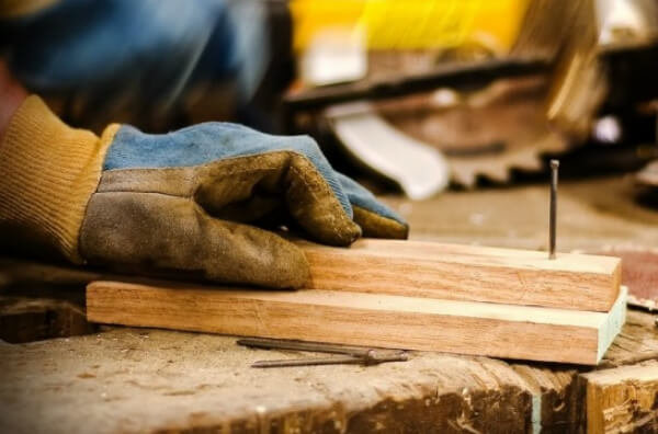 Стоит ли делать бетонную лестницу своими руками?