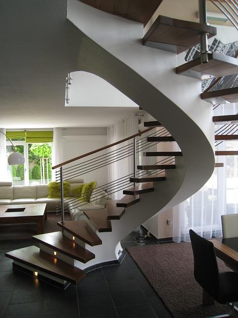 Лестницы на прямом или изогнутом косоуре