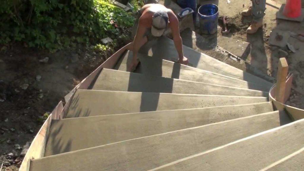 Опалубка монолитной лестницы 5 правил